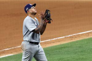 El mexicano Julio Urías brilla para conducir a los Dodgers a la barrida sobre los Padres