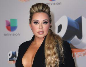 Chiquis Rivera provoca suspiros con un sostén de encaje