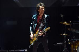 Ronnie Wood, de The Rolling Stones, vende la mansión que compró durante su rehabilitación