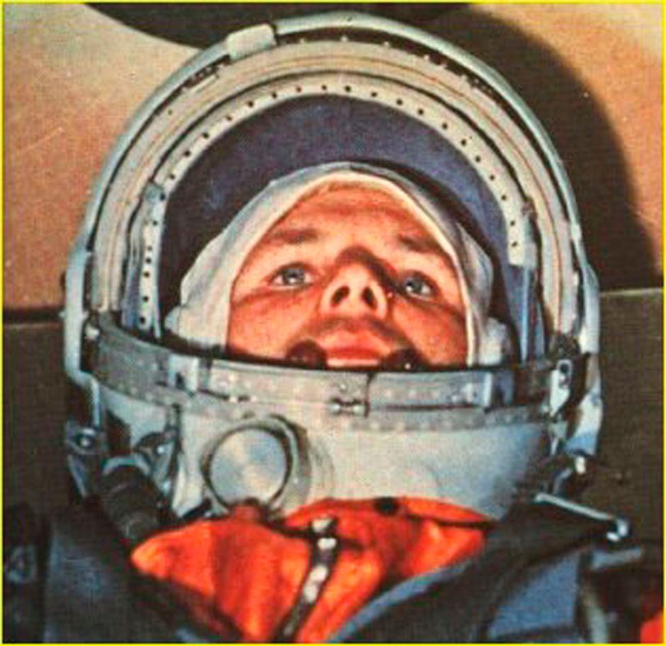 ¿Por qué todos los cosmonautas rusos orinan sobre un neumático antes de salir al espacio?