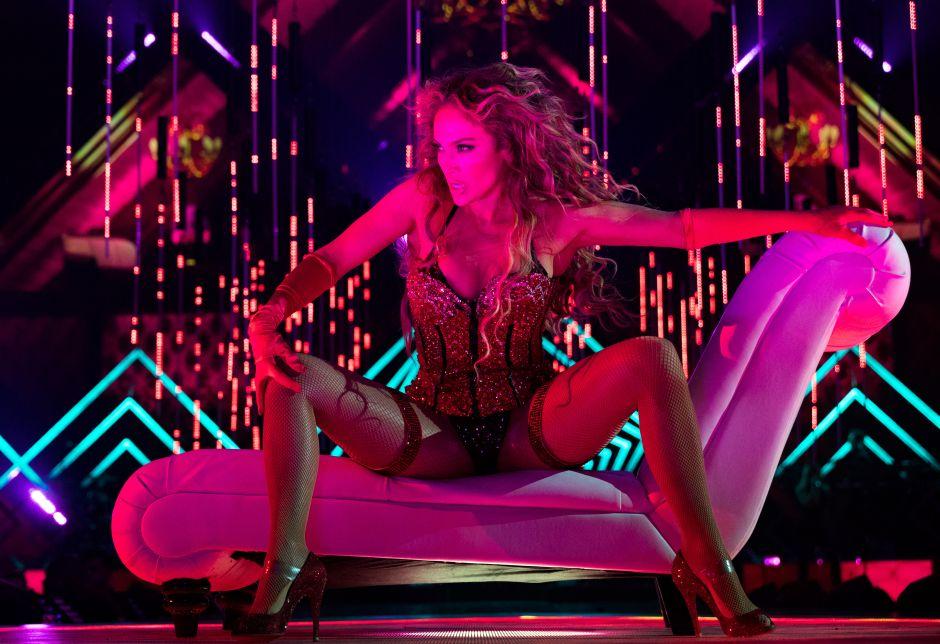 """Jomari Goyso sobre Jennifer López en la revista Billboard: """"Este trapito tan lindo que sólo a ella le queda medio elegante"""""""
