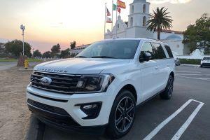 Ford Expedition Limited Stealth: hasta el infinito y más allá