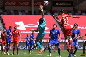 VIDEO: Jesús Corona comete error grosero y guía a Cruz Azul a la derrota