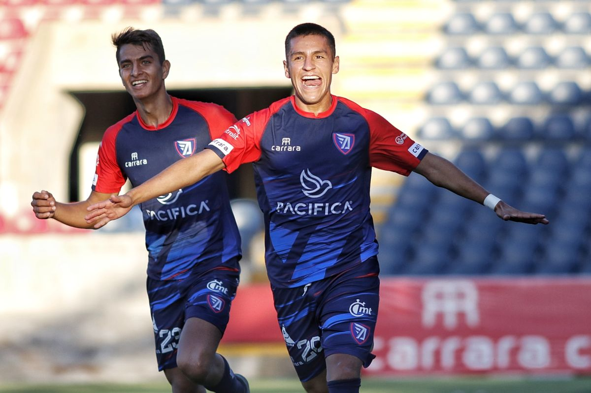 """VIDEO: Equipo de la Liga de Expansión se burla de Chicharito y el Galaxy: """"Este sí hace golazos"""""""