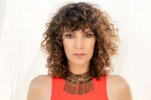 Gaby Moreno canta para ayudar
