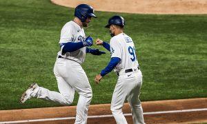 Dodgers apalean a Bravos y recortan distancia en la Serie