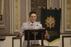 Premio Ohtli a quien orienta la vida de los migrantes