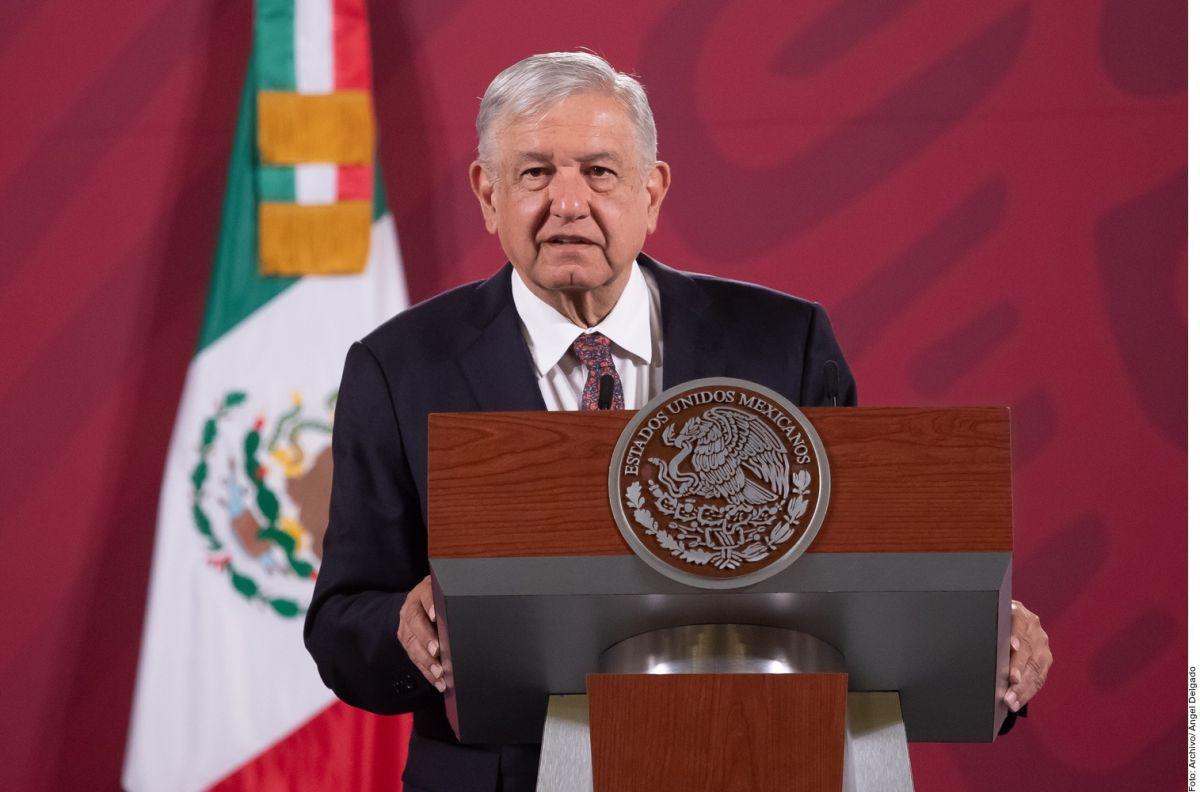 """Financial Times ve a AMLO como """"líder autoritario""""; el presidente de México exige disculpas"""