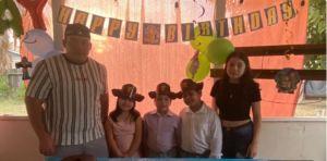 Joven hispano de California se hace cargo de sus 5 hermanitos luego de perder a su madre por coronavirus