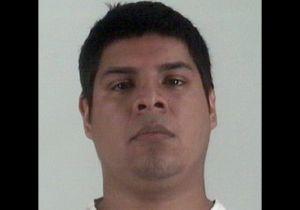 """Hispano enfrenta pena de muerte por pasarle por encima a niño de 1 año en medio de """"carjacking"""" en Texas"""