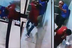 VIDEO: Taxista golpea brutalmente a abuelito para robarle; horas después el señor murió