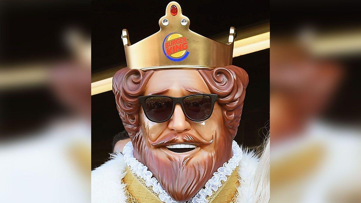 Burger King se burla en Twitter de McDonald's respondiendo a las quejas de sus clientes