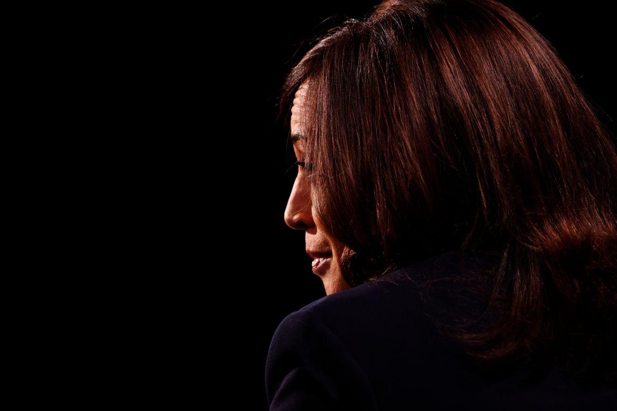 """""""Estoy hablando"""": Pence interrumpe a Harris mientras habla sobre el coronavirus y economía"""