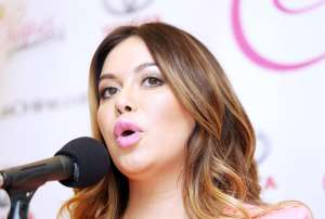 Chiquis Rivera solicita el divorcio de Lorenzo Méndez que incluye orden de restricción
