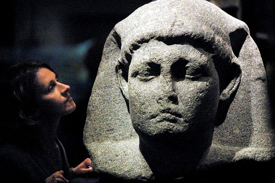 Cuál fue el origen y el aspecto de Cleopatra, una de las mujeres más poderosas de la historia