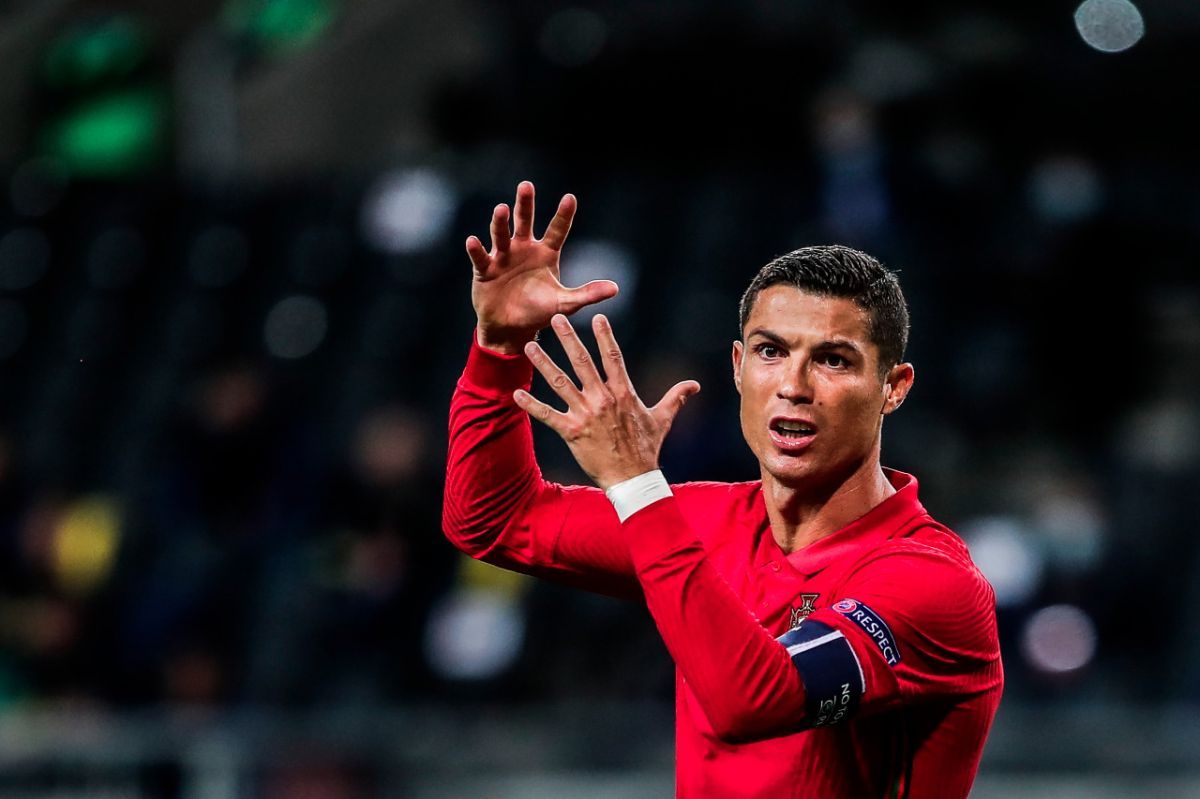 Investigan a Cristiano Ronaldo por violar lar reglas del coronavirus en Italia