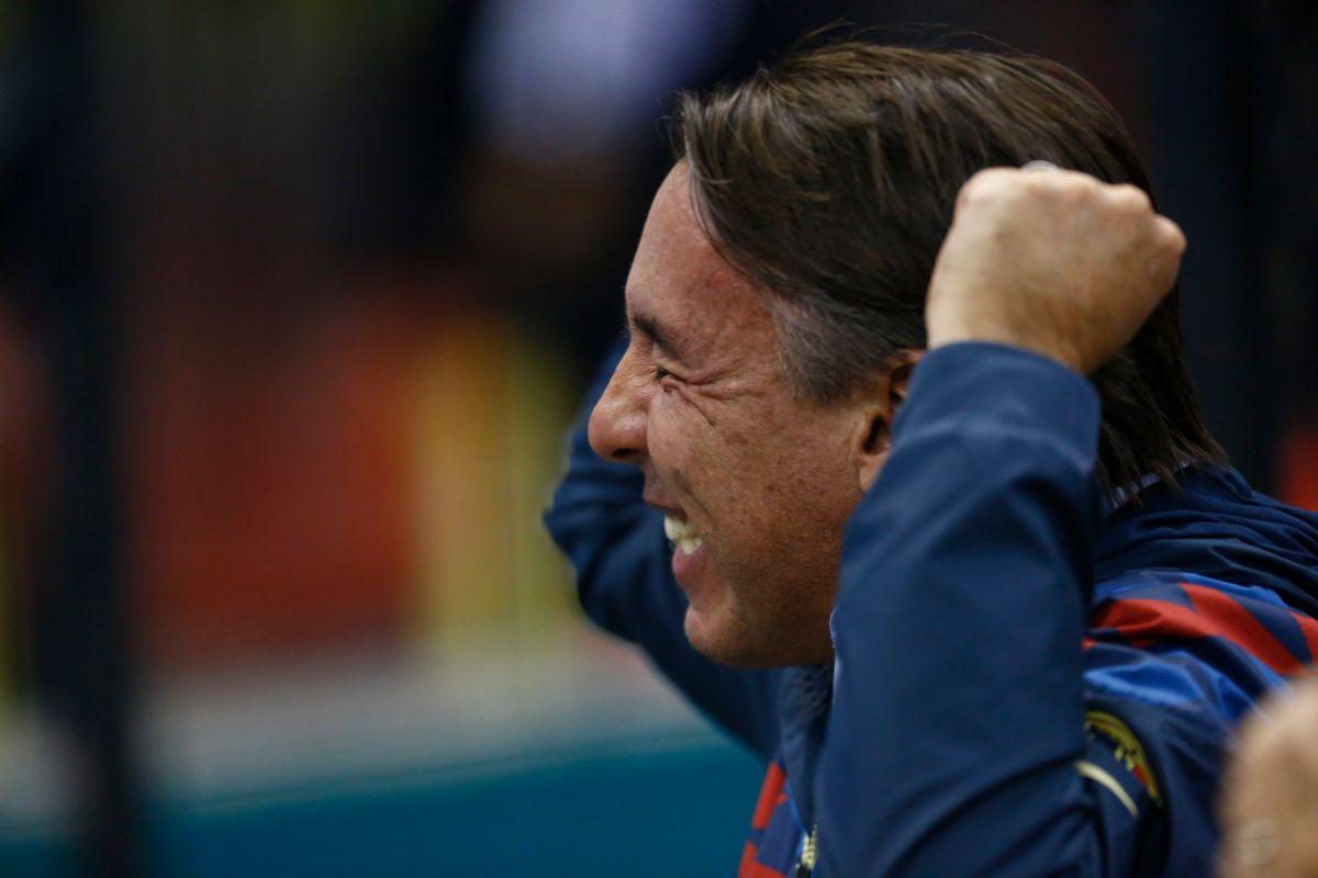 Emilio Azcárraga se burla de Chivas un mes después de que su equipo los venciera en el Clásico