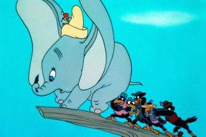 """Disney+ añade advertencia de """"contenido racista"""" en Peter Pan, Dumbo y otros de sus clásicos"""