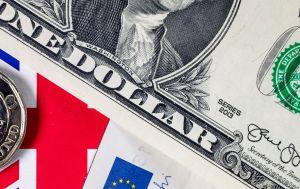 A cuánto está el dólar en México: el peso intenta remontar