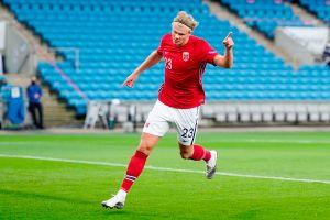 """El show de Erling Haaland: 3 goles de la """"amenaza noruega"""" que no deja de marcar en donde quiera que juegue"""