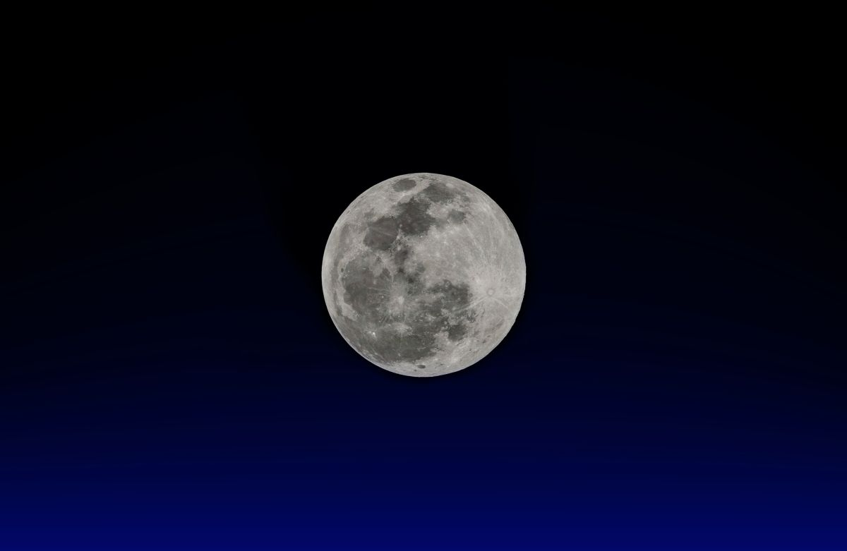 7 cosas que deberías hacer (y 3 que no) durante las noches de luna llena