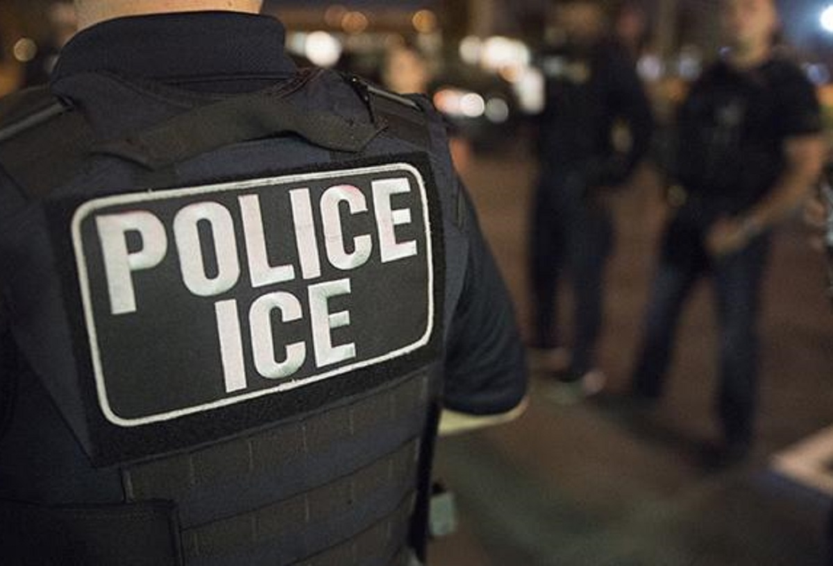 Condenan a cuatro hombres que alojaron a 104 inmigrantes indocumentados en duras condiciones