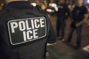 Más de 100 inmigrantes detenidos por ICE en reciente redada