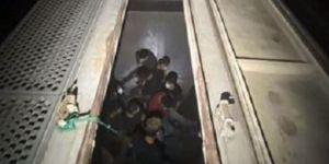 Atrapados y abandonados: La Patrulla Fronteriza rescató a 27 migrantes indocumentados de dos vagones de tren