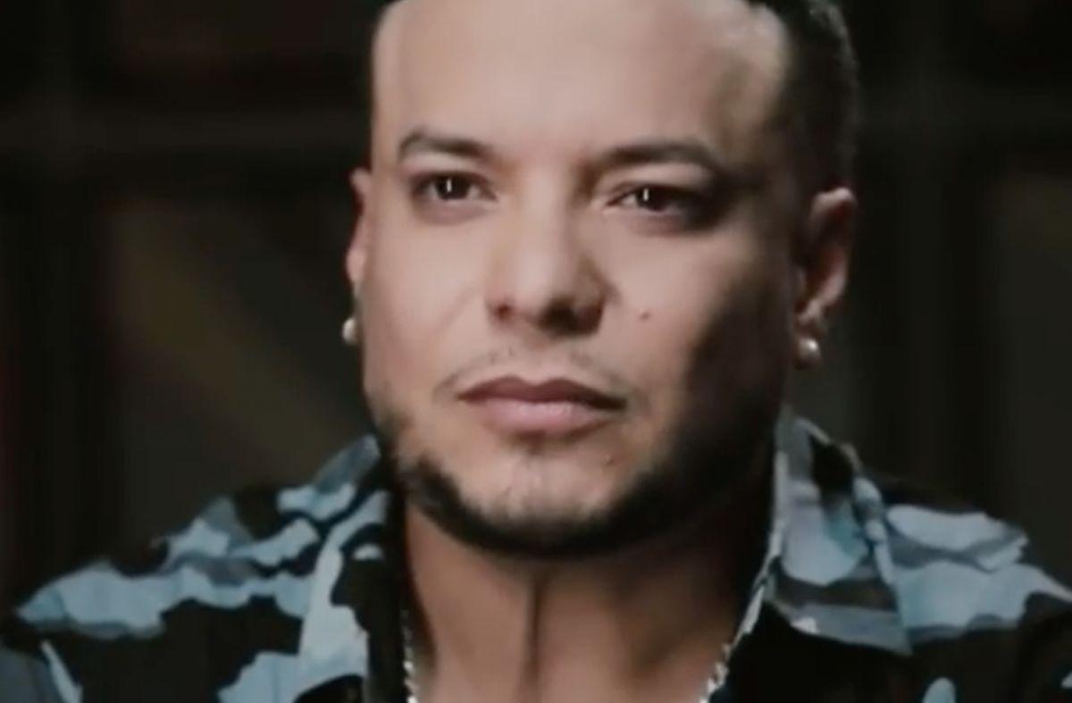 Video: Lorenzo Méndez llora al hablar de cuanto extraña a Chiquis Rivera