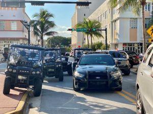 La policía arresta a un asesino fugitivo de Nueva York en la playa de Miami