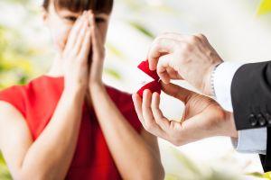 Anillos de compromiso: Los 5 mejores diseños para hacer la gran pregunta