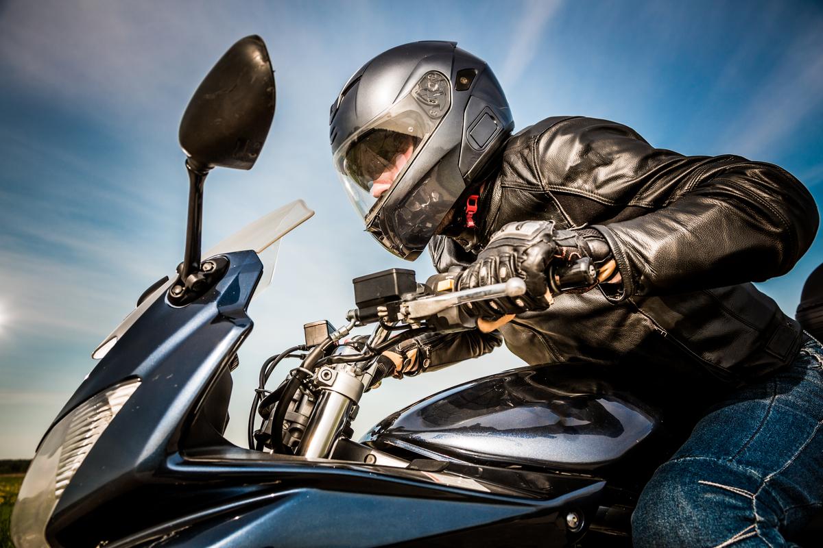 Los 5 diseños de cascos más seguros para conducir tu motocicleta