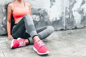 Los 5 mejores leggings de compresión que moldearán tus piernas sin incomodarte