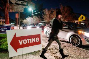 Cómo los republicanos continúan su intento de limitar el derecho al voto
