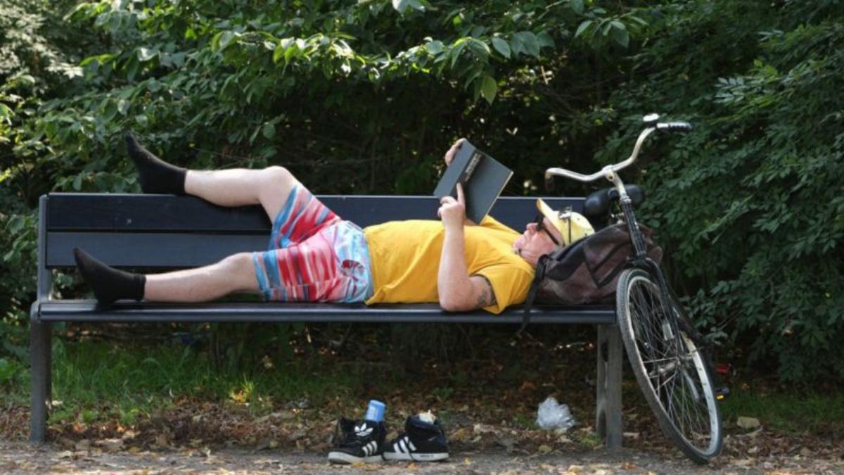 Qué es uitwaaien, el simple remedio neerlandés para combatir el estrés y las preocupaciones