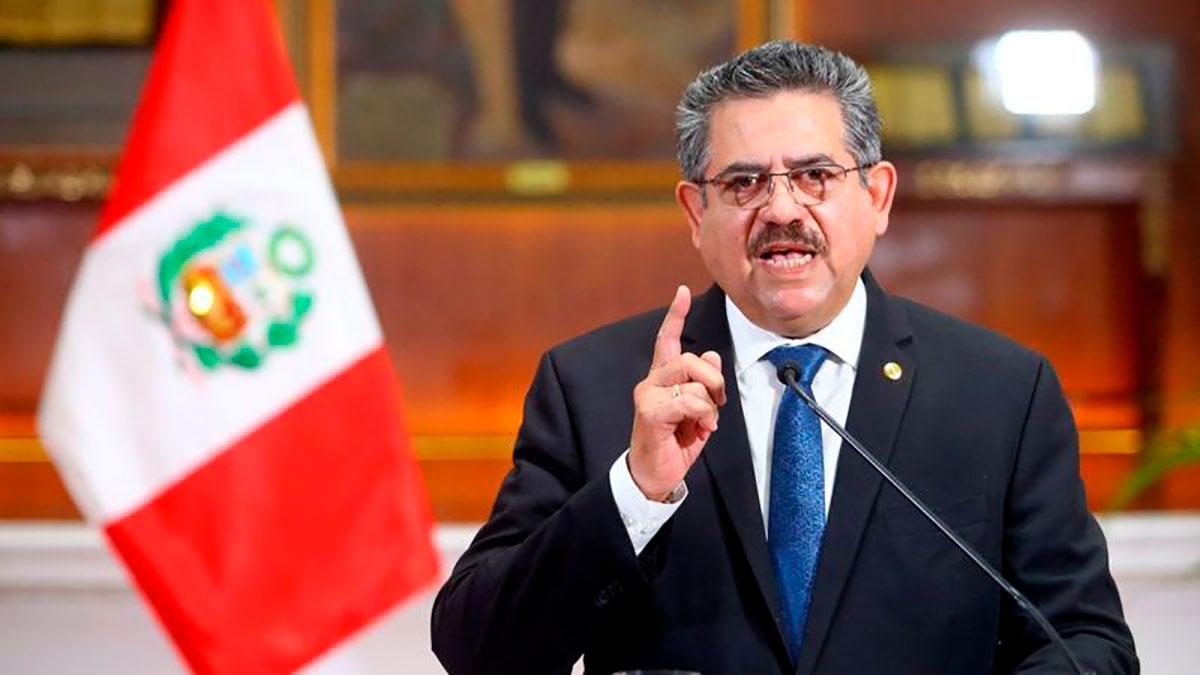 Renuncia Manuel Merino: dimite el presidente interino de Perú tras menos de  una semana en el poder | La Opinión