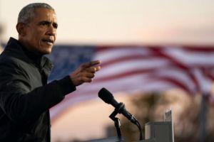 """Barack Obama a la BBC: """"Una elección no va a ser suficiente para detener la 'decadencia de la verdad' en EE.UU."""""""