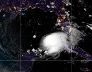 La inusual trayectoria de la tormenta Eta que podría golpear a Florida dos veces