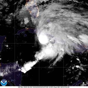 La tormenta tropical Eta ya amenaza a Florida después que cruce sobre Cuba