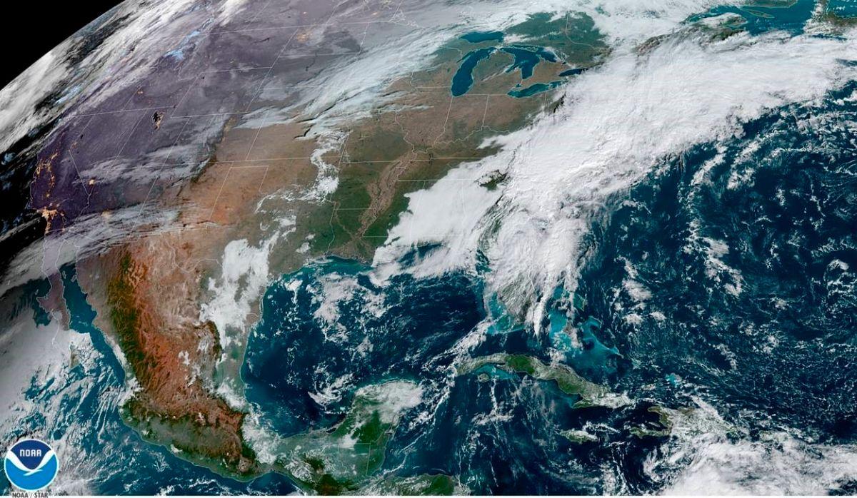 La tormenta Eta sale de Florida donde causó al menos una muerte y severas inundaciones