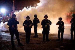 Disparan a un policía en Granada Hills, Los Ángeles. El sospechoso está detenido