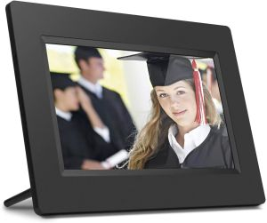 Keep your family memories present with the best Digital Photo Frames