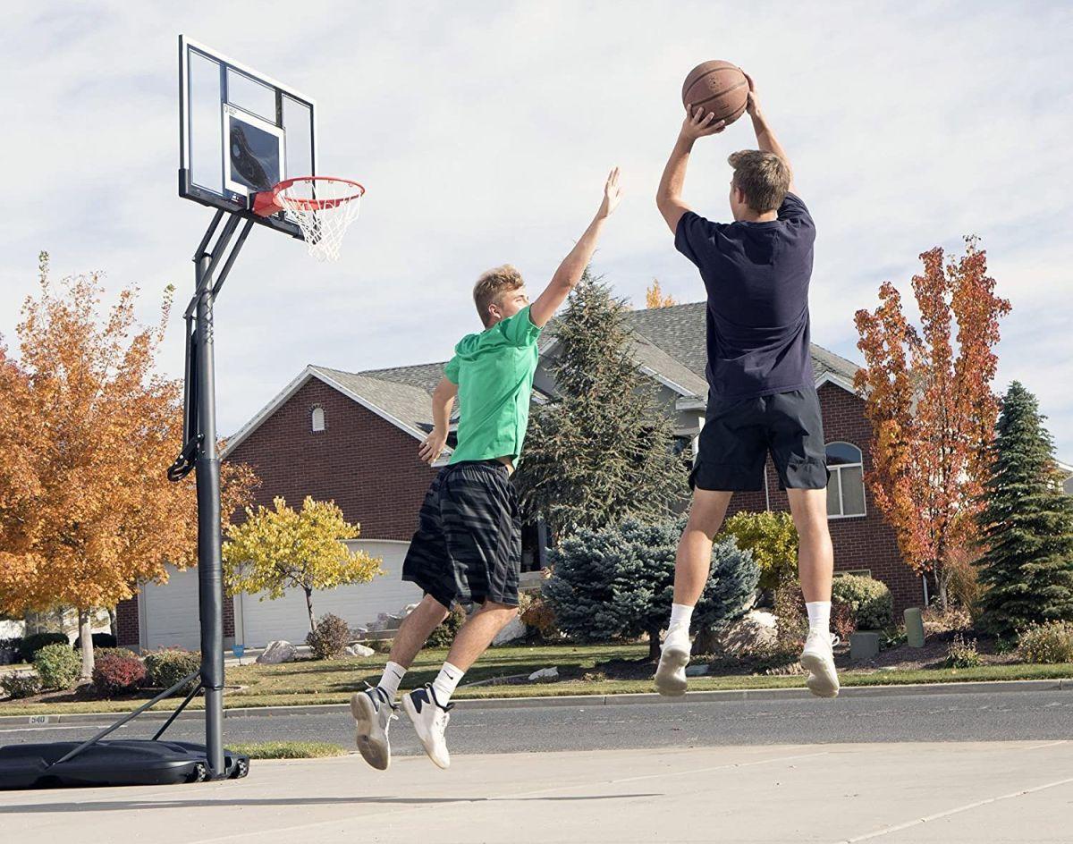 5 aros de básquet para ejercitarte en casa y en familia