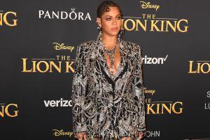 Beyoncé posa en candentes fotos para la edición de Vogue de diciembre