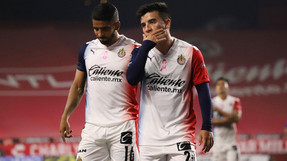 El 'Nene' Beltrán asegura que no hay manera de que Chivas caiga más bajo