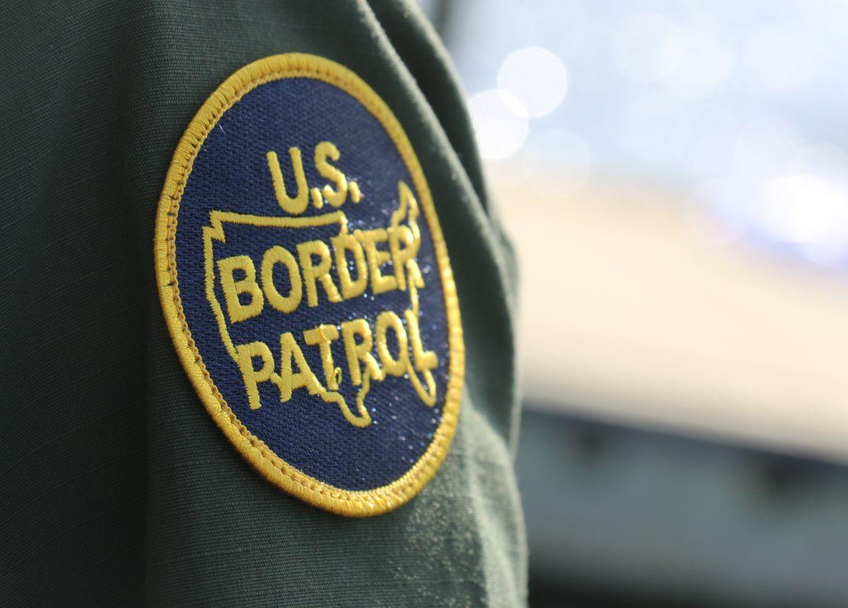 Agentes migratorios interceptan embarcación con 23 inmigrantes a la deriva cerca de California