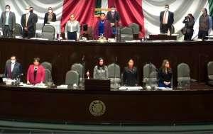 Diputados mexicanos guardan minuto de silencio por muerte de Diego Armando Maradona