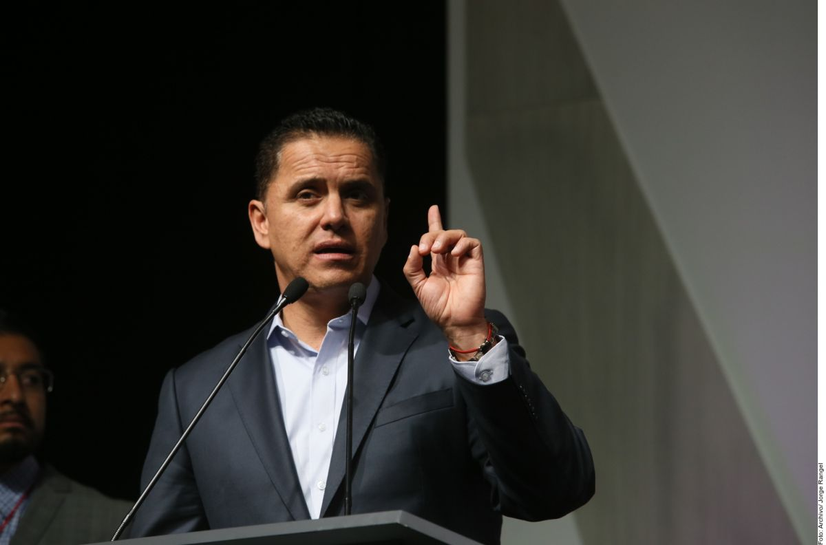 Ex Gobernador de Nayarit, prófugo de la justicia; AMLO llama a Roberto Sandoval a dar la cara