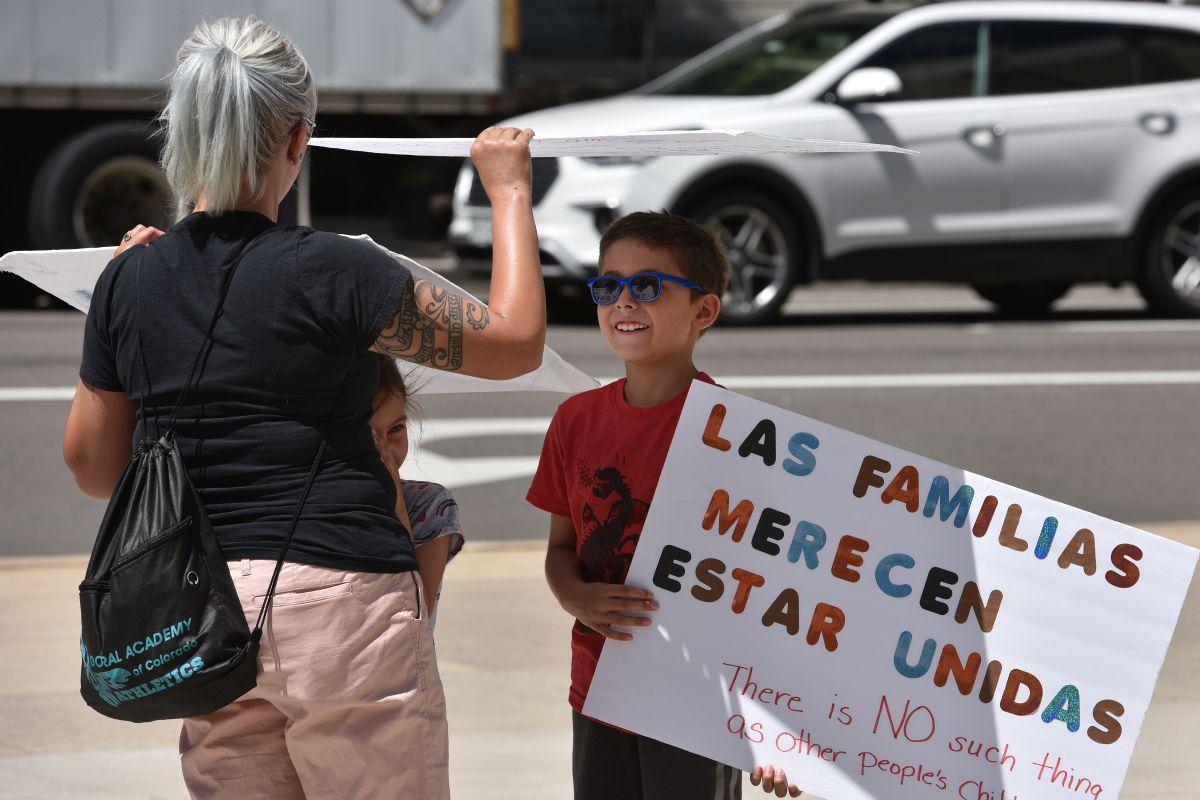 Administración Trump podría deportar a 28 niños migrantes que llevan más de 400 días detenidos