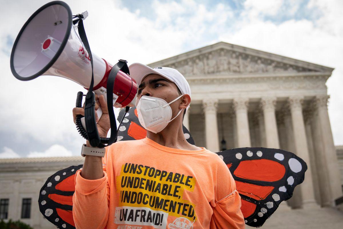Juez da un respiro a la batalla legal entre los 'dreamers' y la Administración Trump